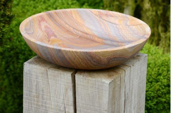 sandstone_bird_bowl_birdbath_natural_rainbow_stone_modern_garden_flight