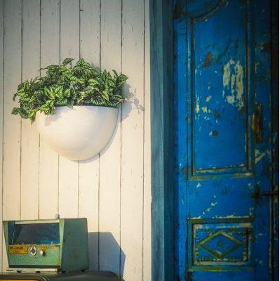 wall_mounted_half_bowl_round_fibreglass_garden_planter_bespoke_uk_made_kent_uk