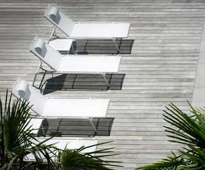 sun loungers in aluminium and sling fabric in white group of 3
