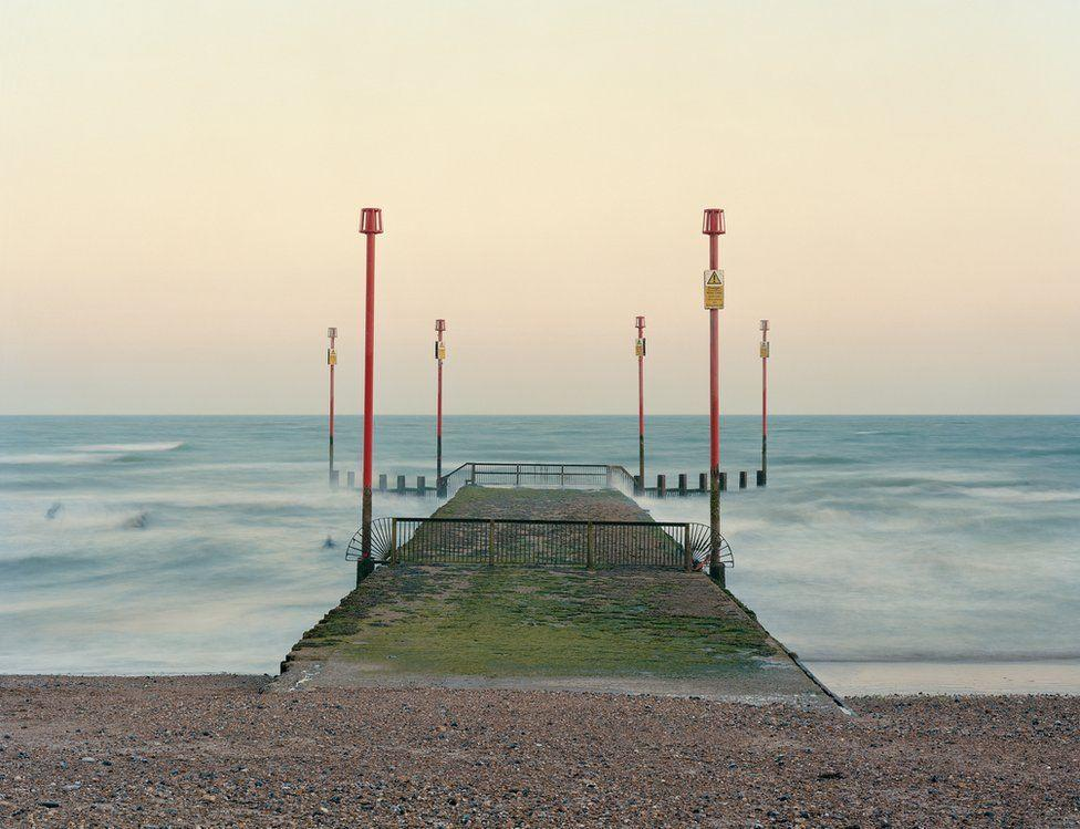 Beautiful Photography - Marking the coastline of Britain