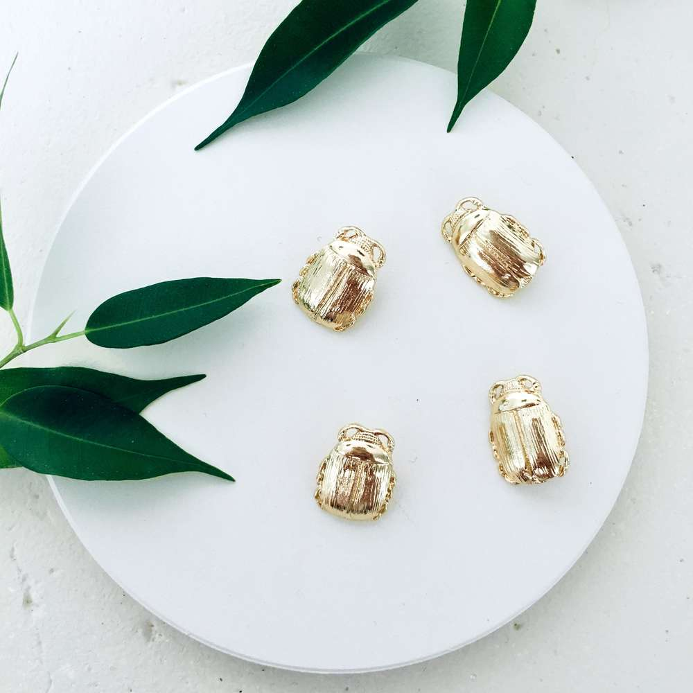 Menagerie - Gold Beetle Buttons
