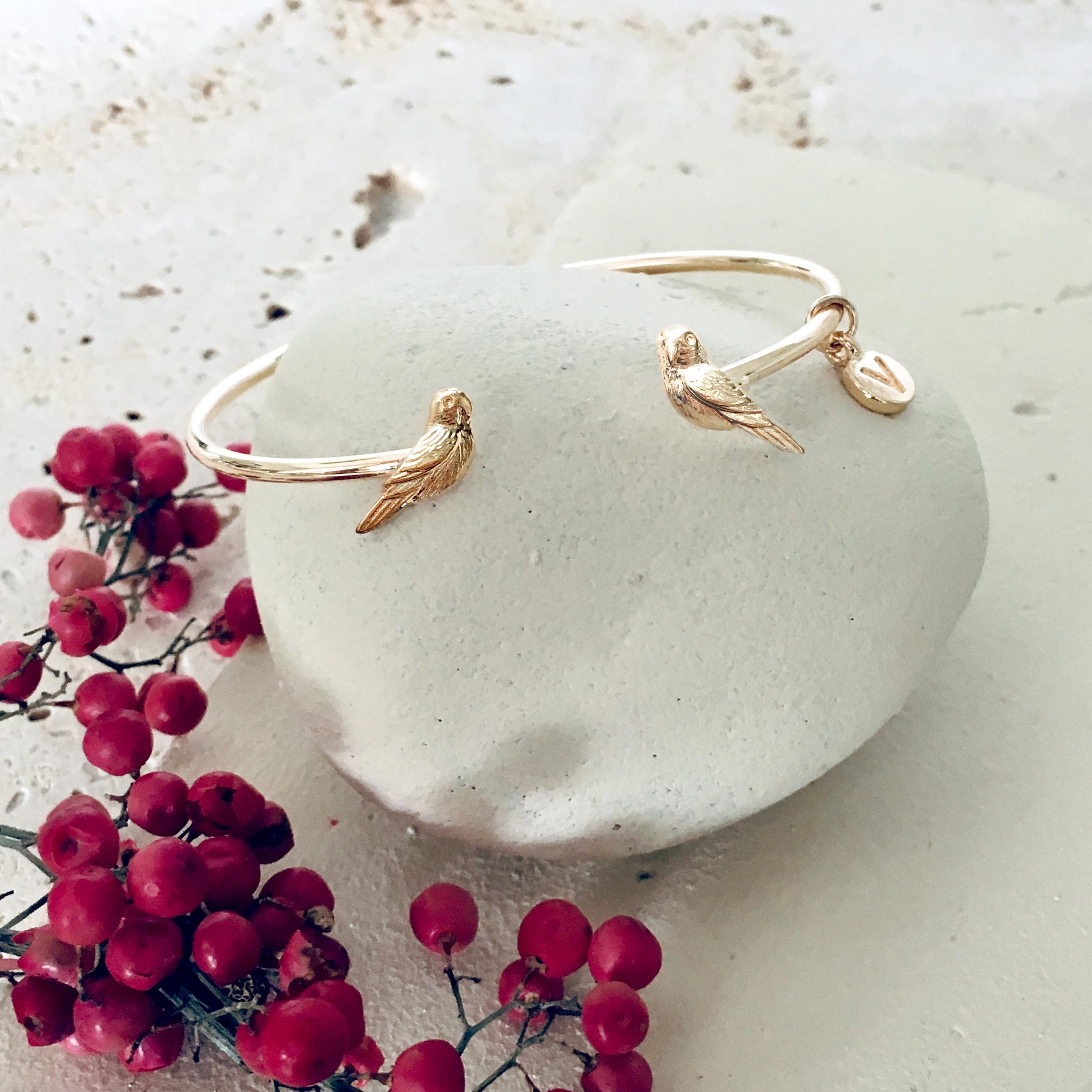 Menagerie - Gold Love Bird Bangle