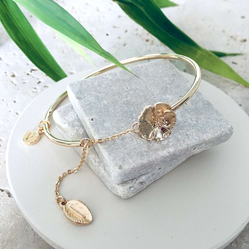 Menagerie - Gold Camellia Bangle