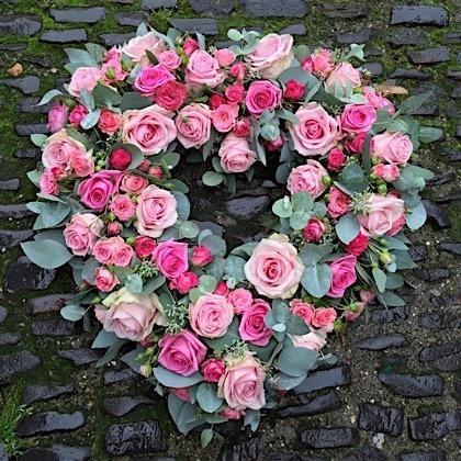 Mixed rose open heart tribute