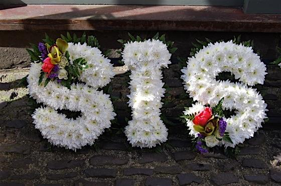 Sis floral tribute