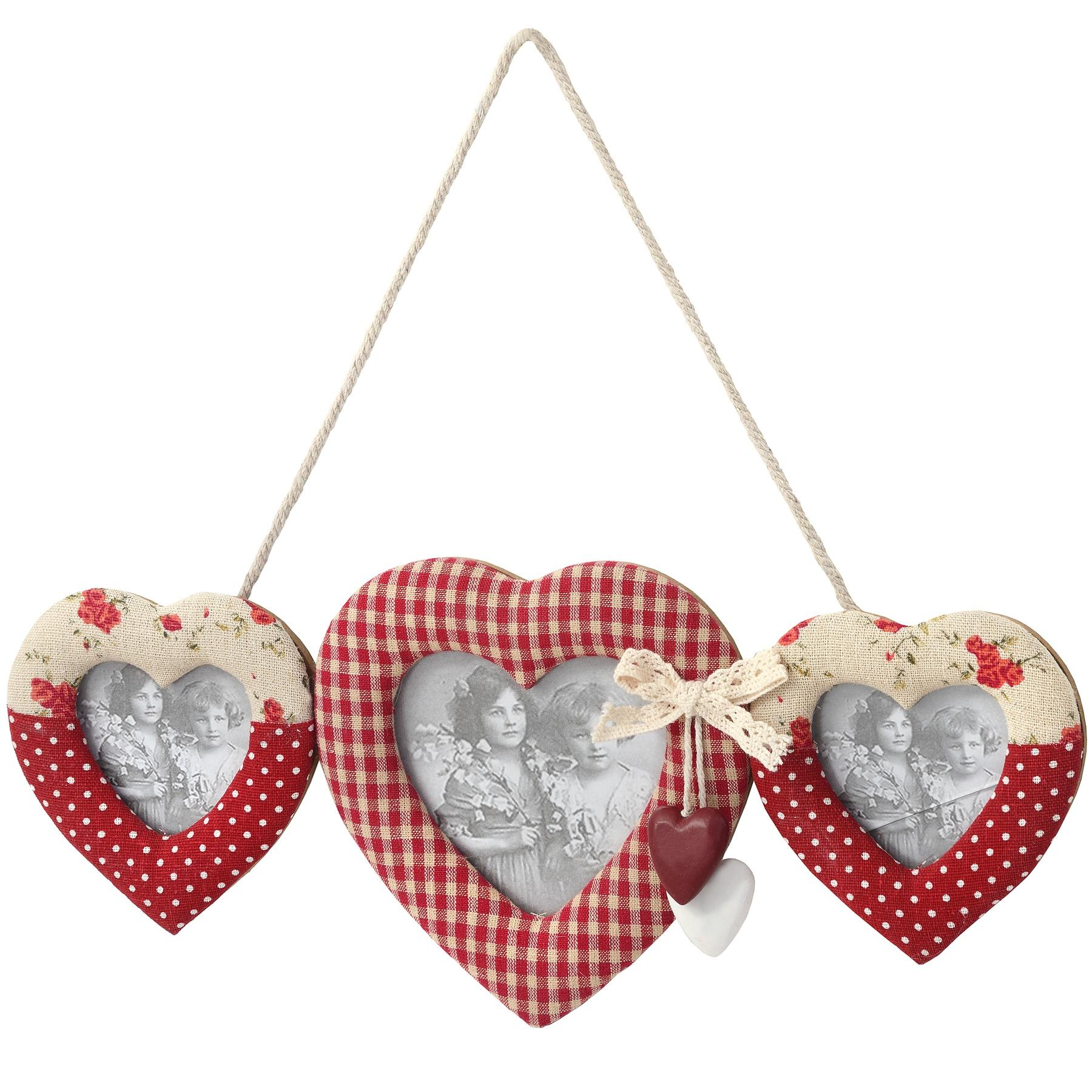 Hanging triple heart photo frame