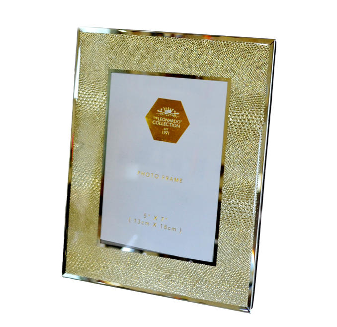 "Gold snakeskin mirrored glass photo frame (5"" x 7"")"
