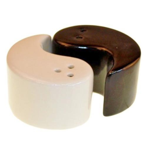 Set of 'Yin & Yang' salt & pepper shakers