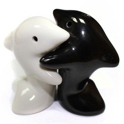 Set of Hugging Dolphins salt & pepper shakers (small)