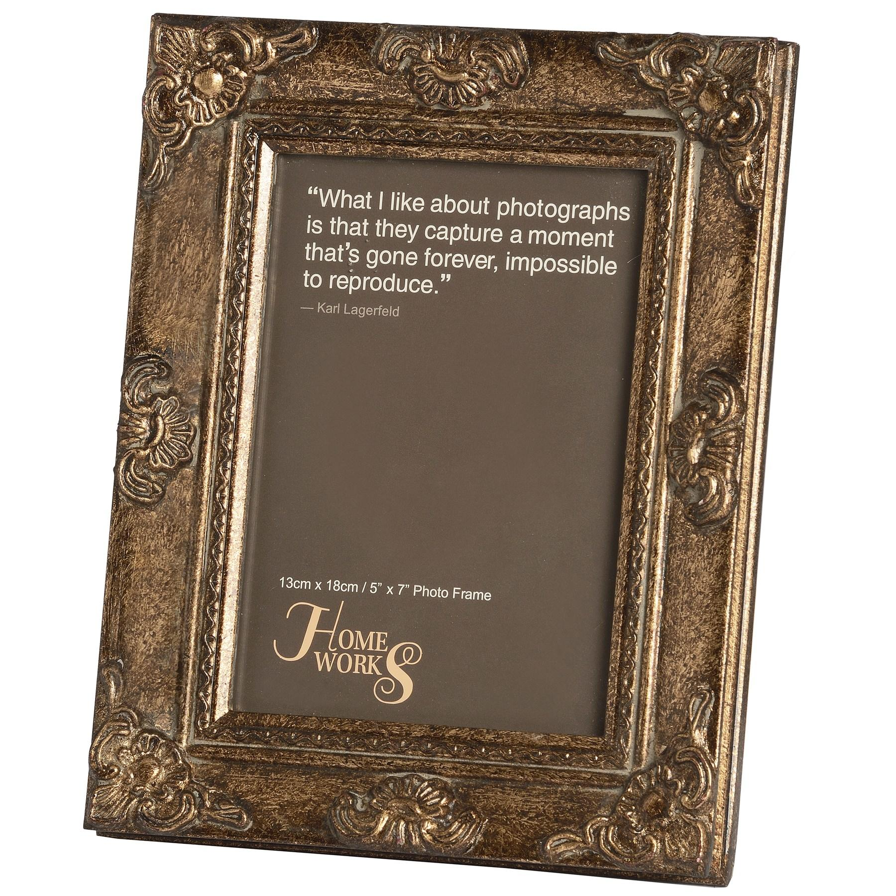 "Gilded traditional style photo frame (5"" x 7"")"