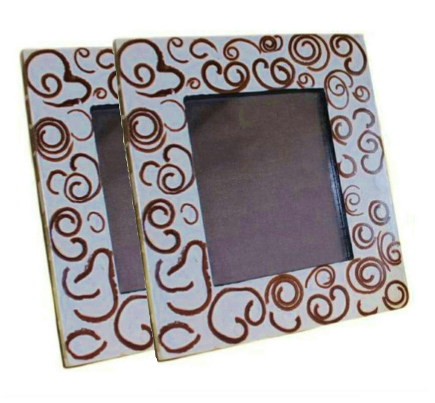 2 Cinnamon Scented Photo Frames