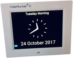 Display with analogue clock