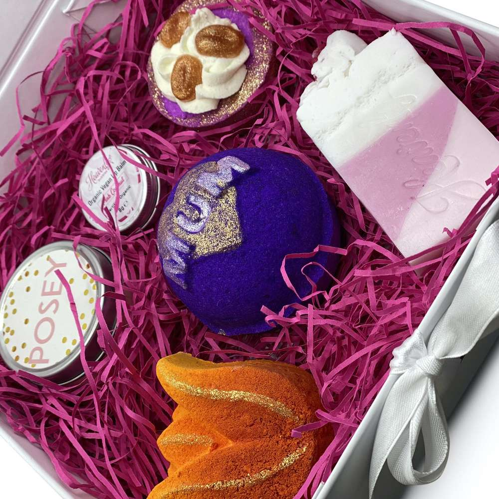 mothers day bath bomb gift set uk