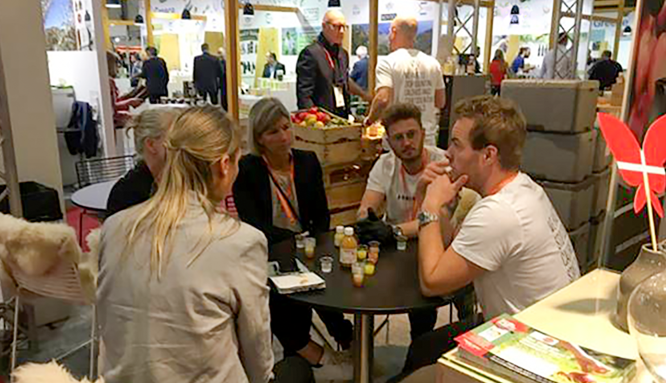 "<h3 class=""headline-height"">BOOK A MEETING AT PLMA 2019</h3><div class=""box-height"">Also in 2019, Organic Denmark is responsible for the 100% organic joint stand at PLMA in Amsterdam. You can already now book a meeting online with the companies or with us.</div>"