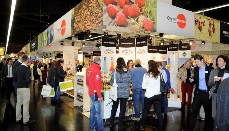 Minister for Environment and Food attends BioFach 2016