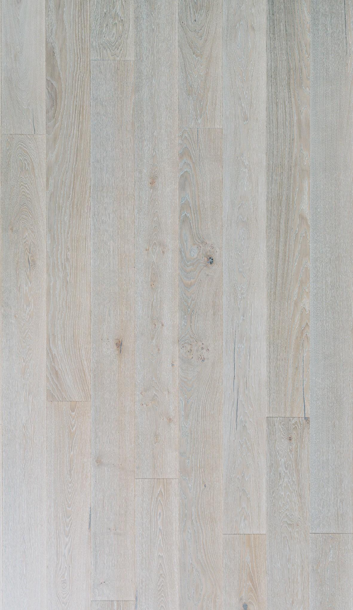 TIMBERWISE OAK SELECT BOLE BRUSHED MATT LACQUERED