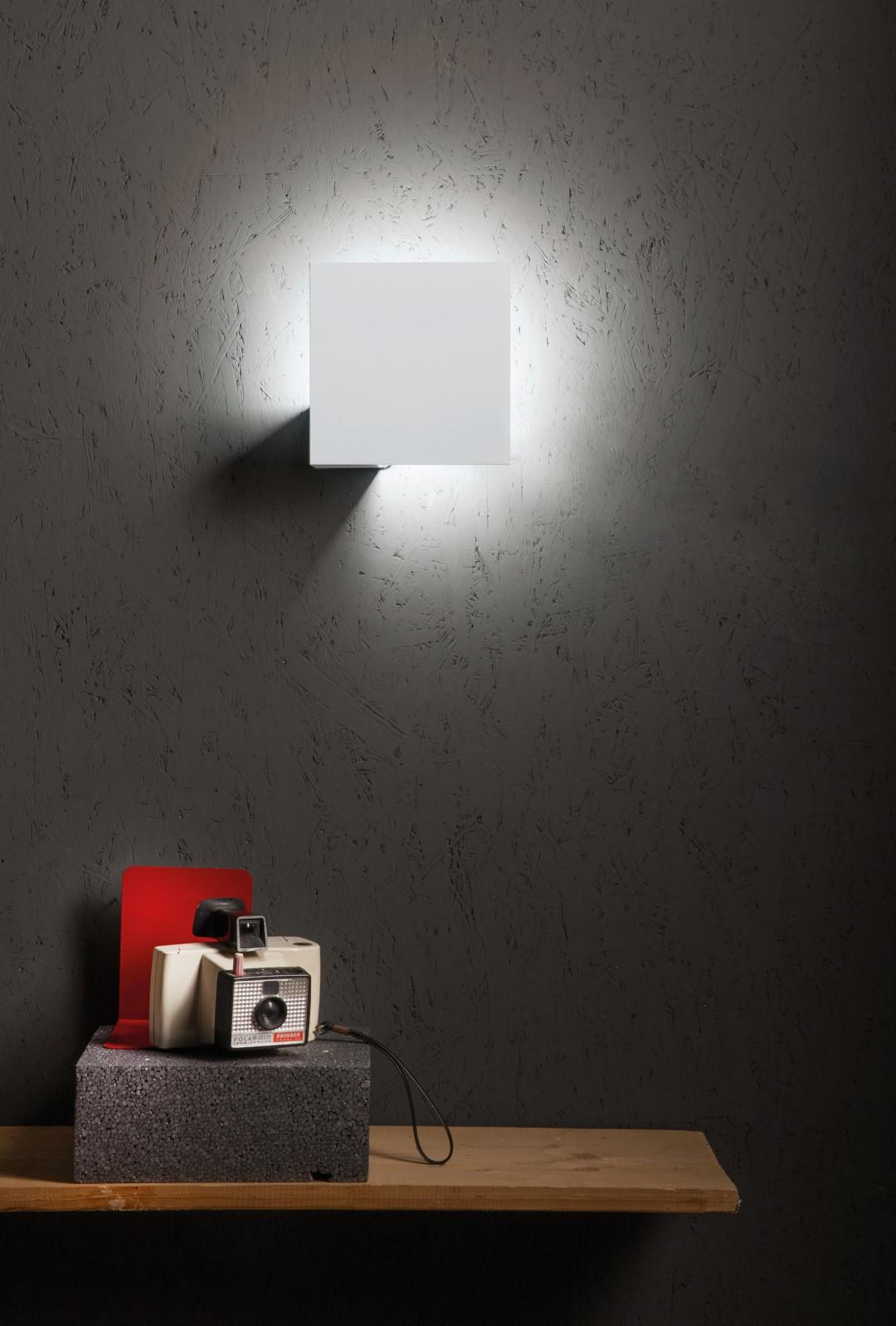 Lodes Puzzle Wall and Ceiling Lights
