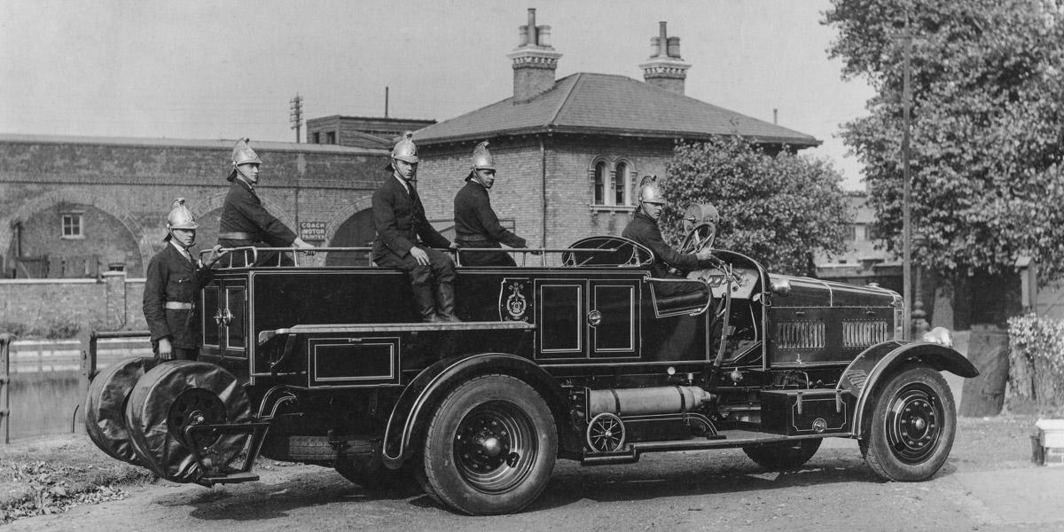 FIRE ENGINES and STATIONS - photo collection