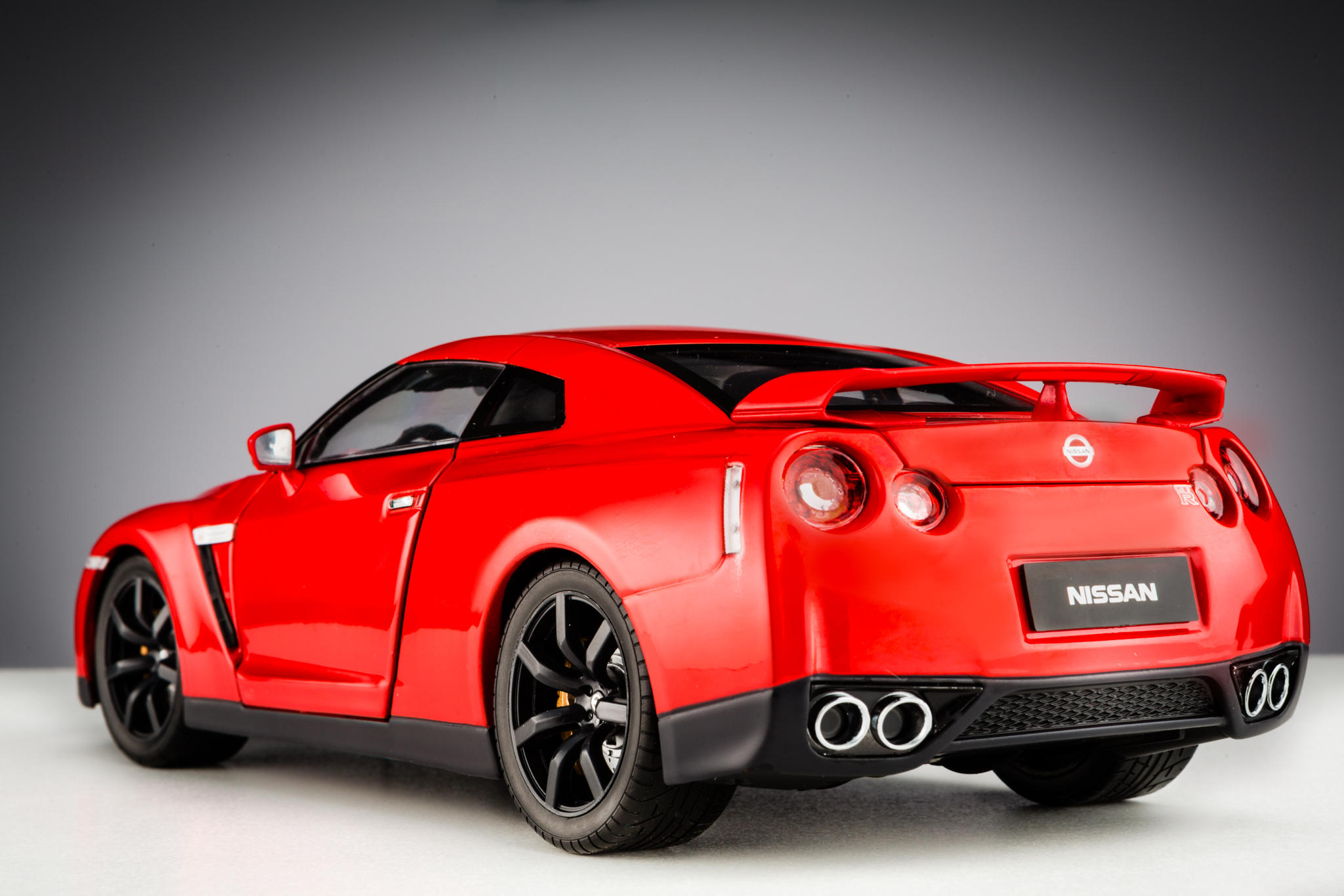 nissan gt r r35 2008. Black Bedroom Furniture Sets. Home Design Ideas