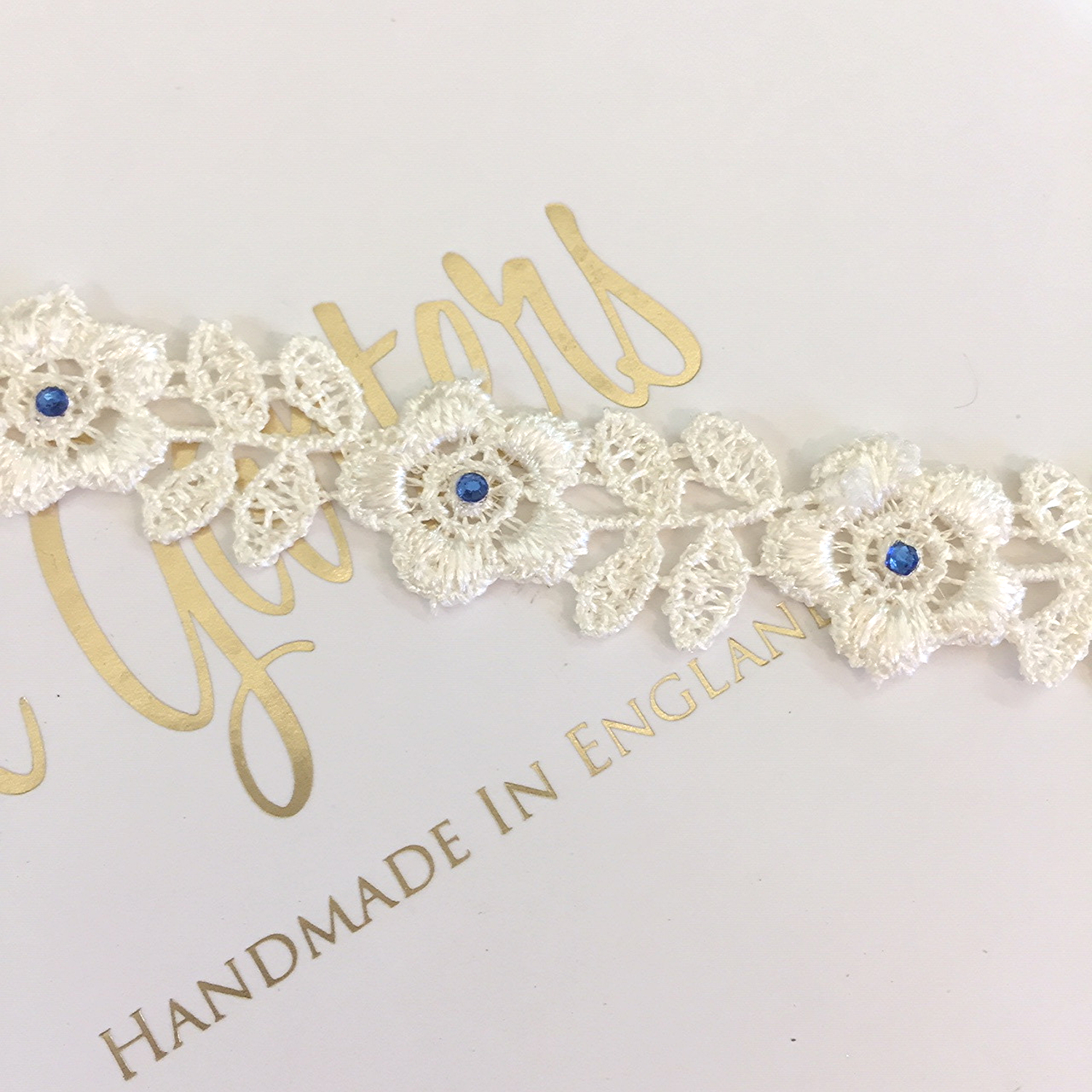 Makayla simple wedding garter