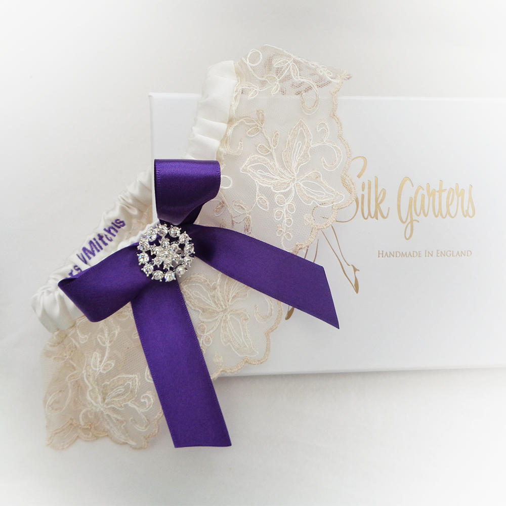 Lilac Wedding Garters and All the Gorgeous Tones of Purple to Order