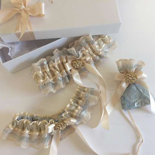 Vintage wedding garter set nude gold blue