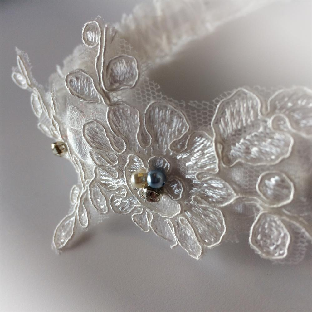 Ava pearls wedding garter