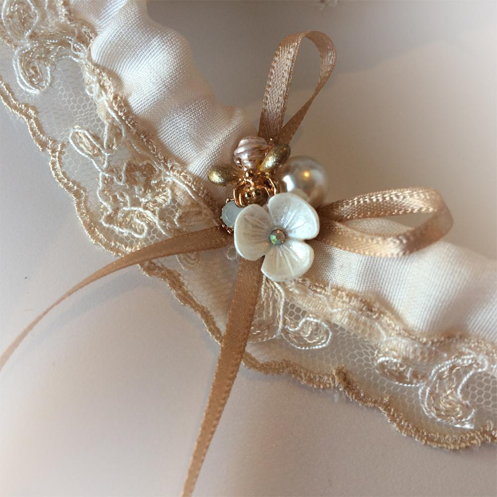 Meant to bee wedding garter