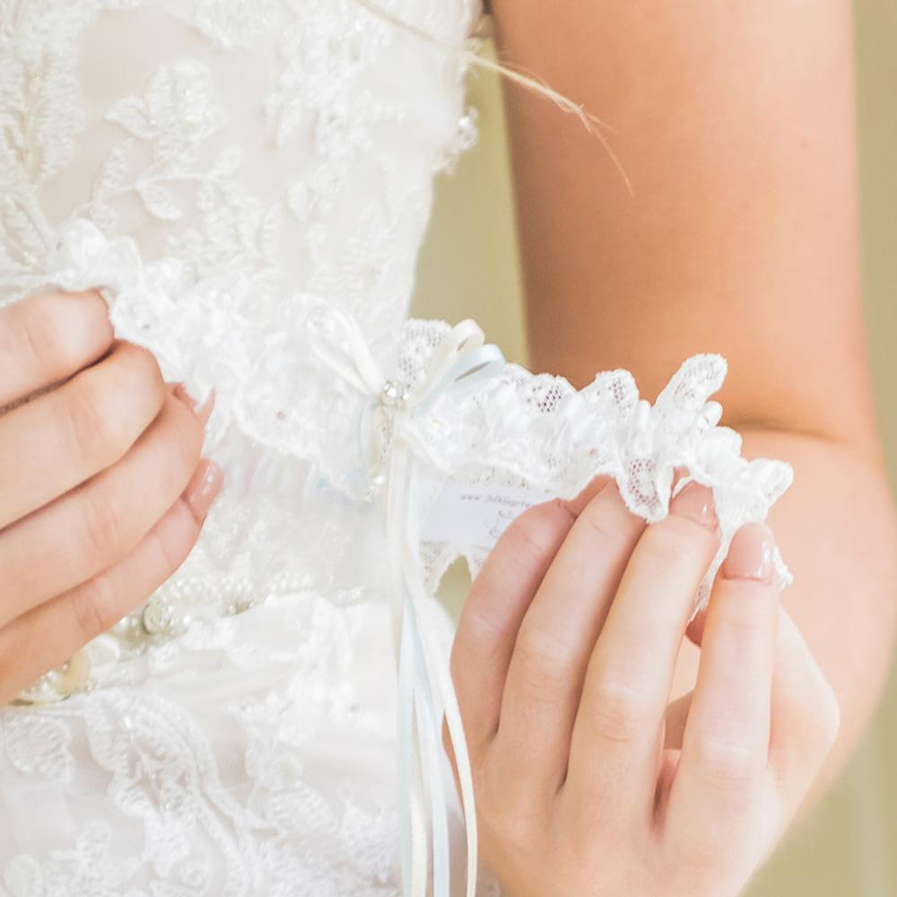 Custom wedding garter... the Gorgeous Meg