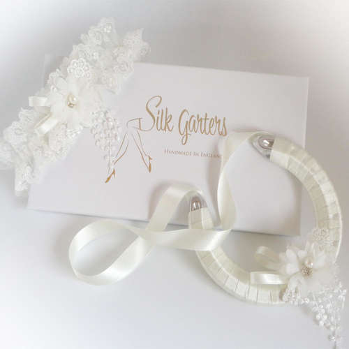 Ivory wedding garter set luxury