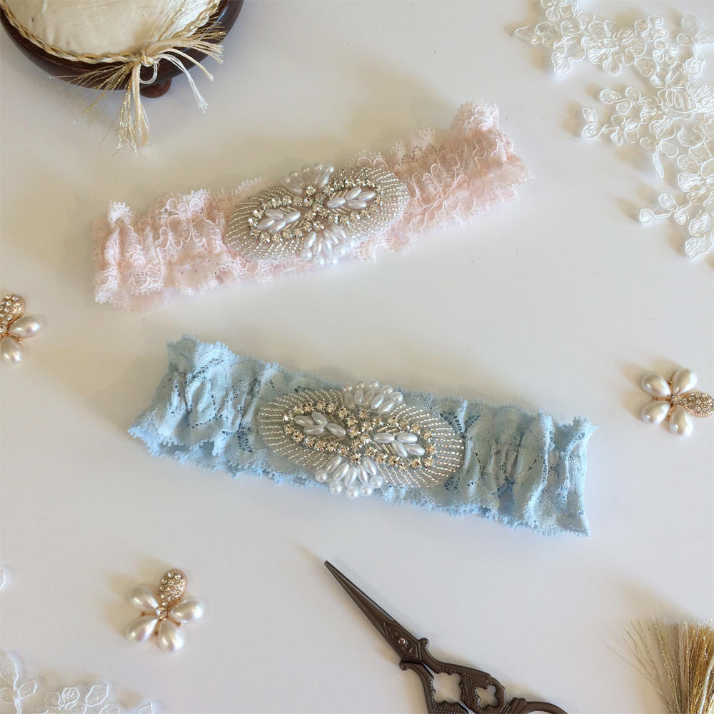 emma vintage lace wedding garter blue