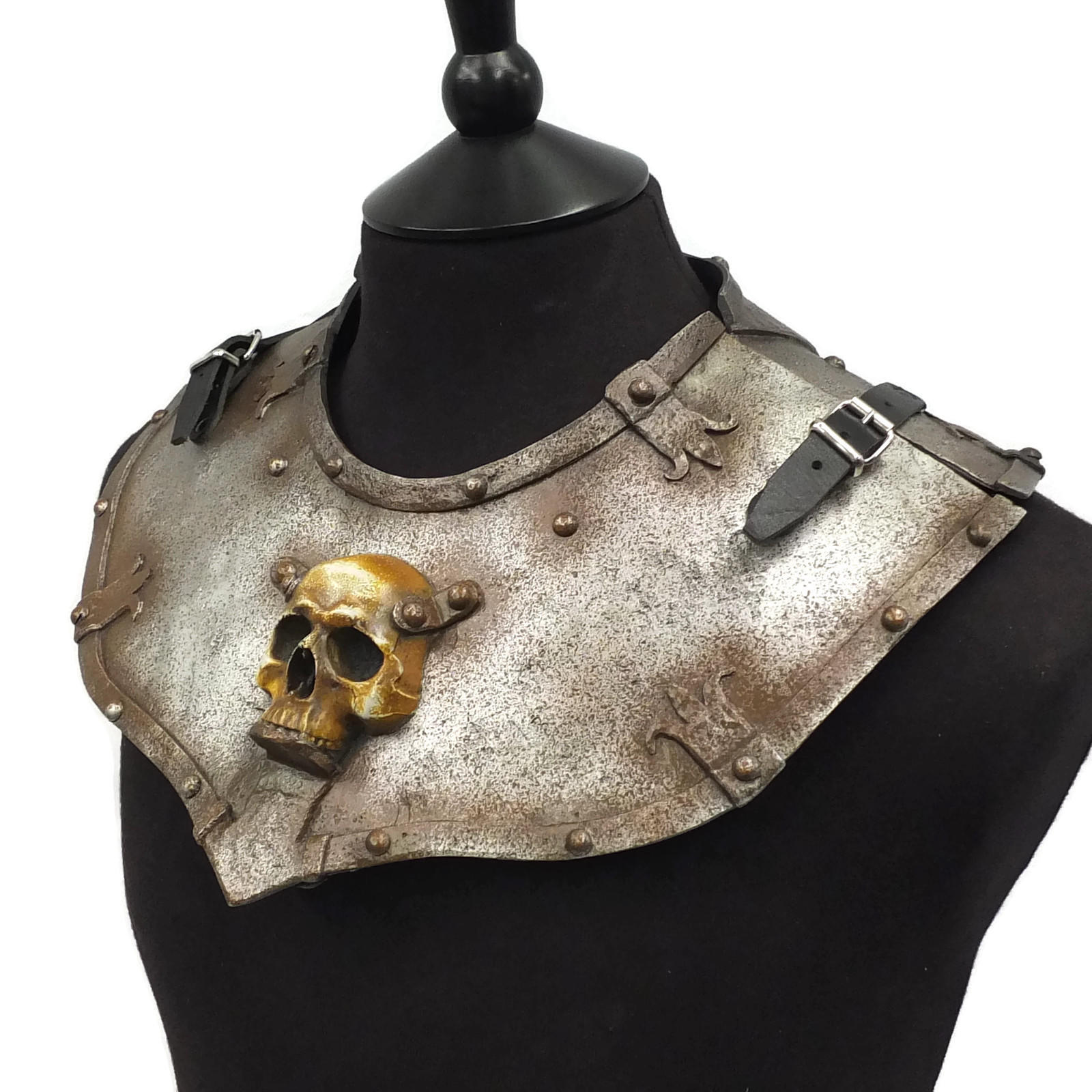 larp armour ominous skull gorget