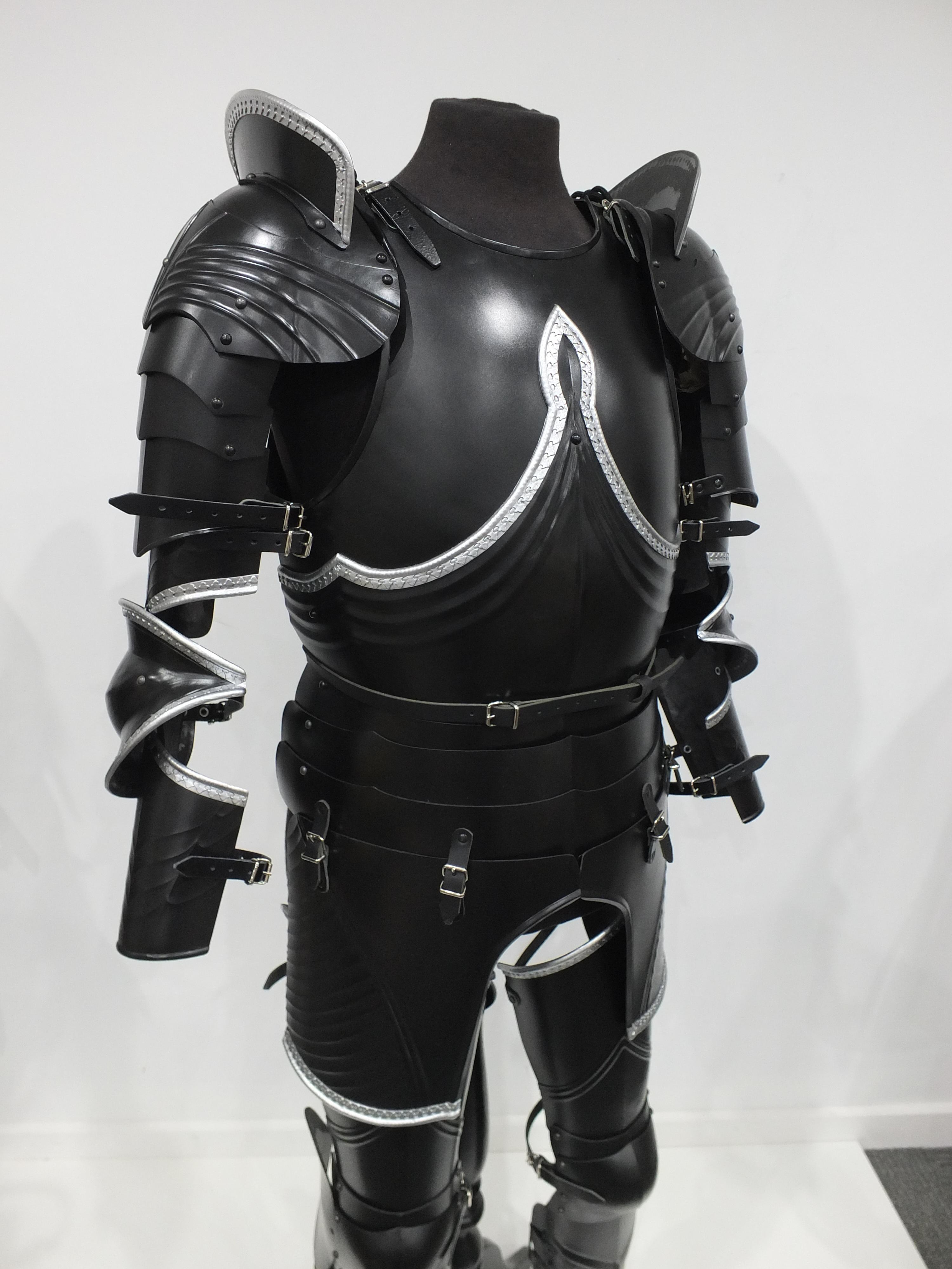 Decorative Gothic armour set in black and bright steel finish