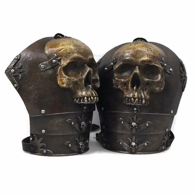 Skull design shoulders for larp