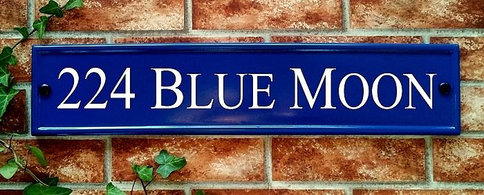 Blue house sign with house name and number 540 x 127mm