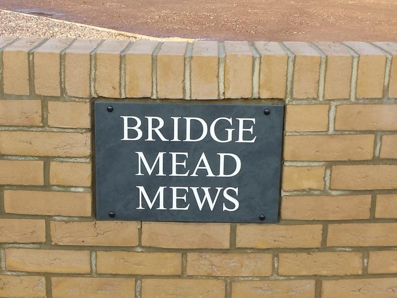 Example of Bridge Mead Mews with a white inlay