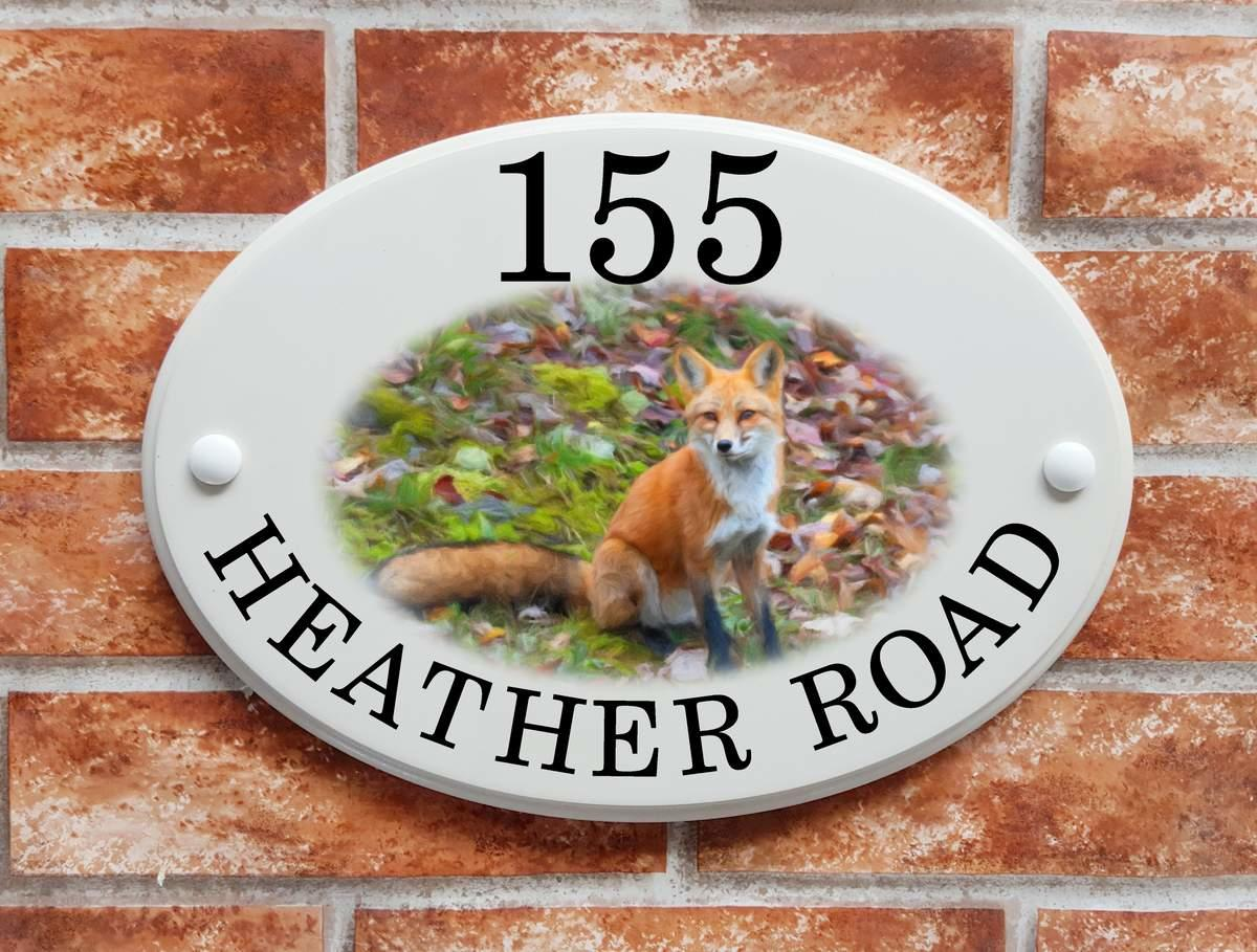 House sign with fox motif (code 064)