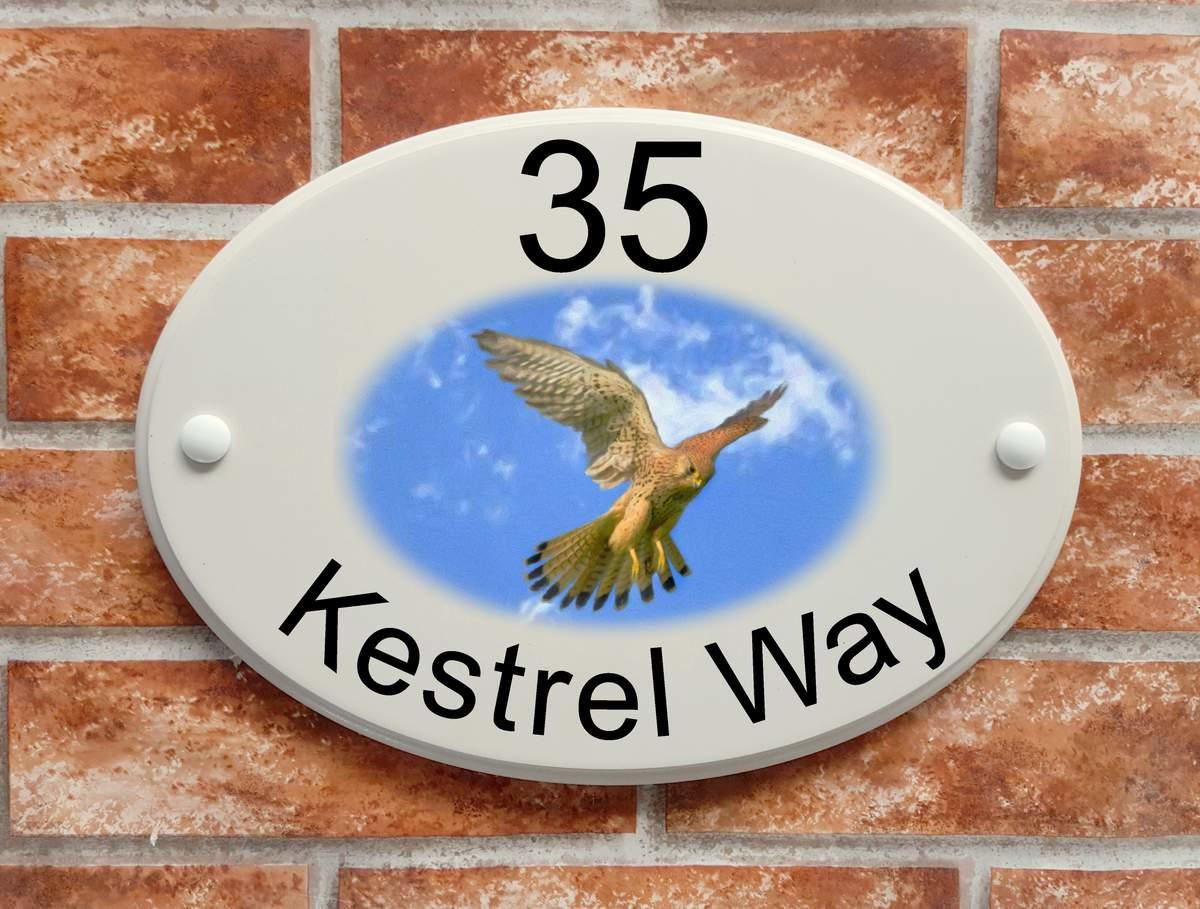 Kestrel House Plaque (code 084)