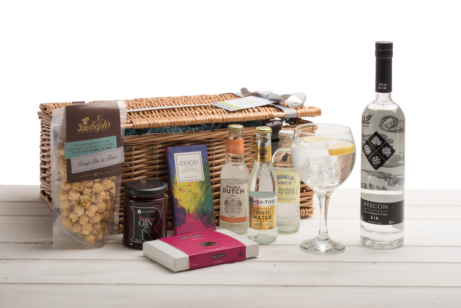 Brecon Botanicals Gin Wicker Hamper