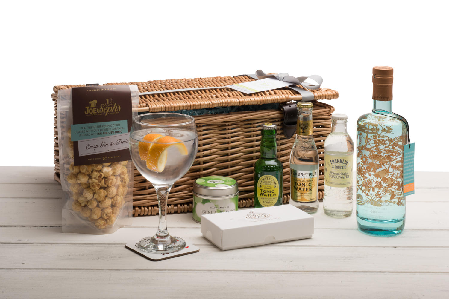 Silent Pool Gin Hamper (Wicker Basket)