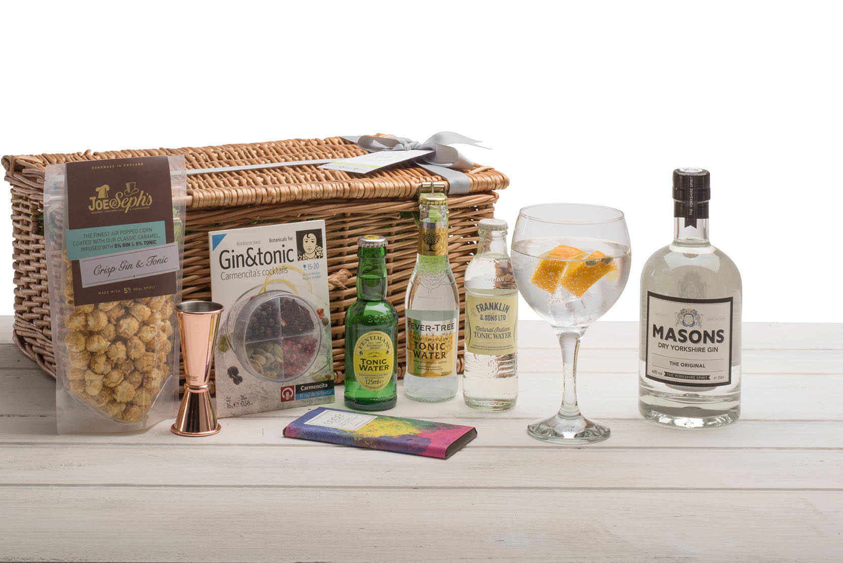 Masons Gin Wicker Hamper