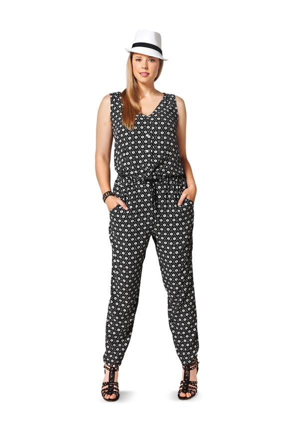 Burda B6789 Plus to size 60 (34) Sewing Pattern