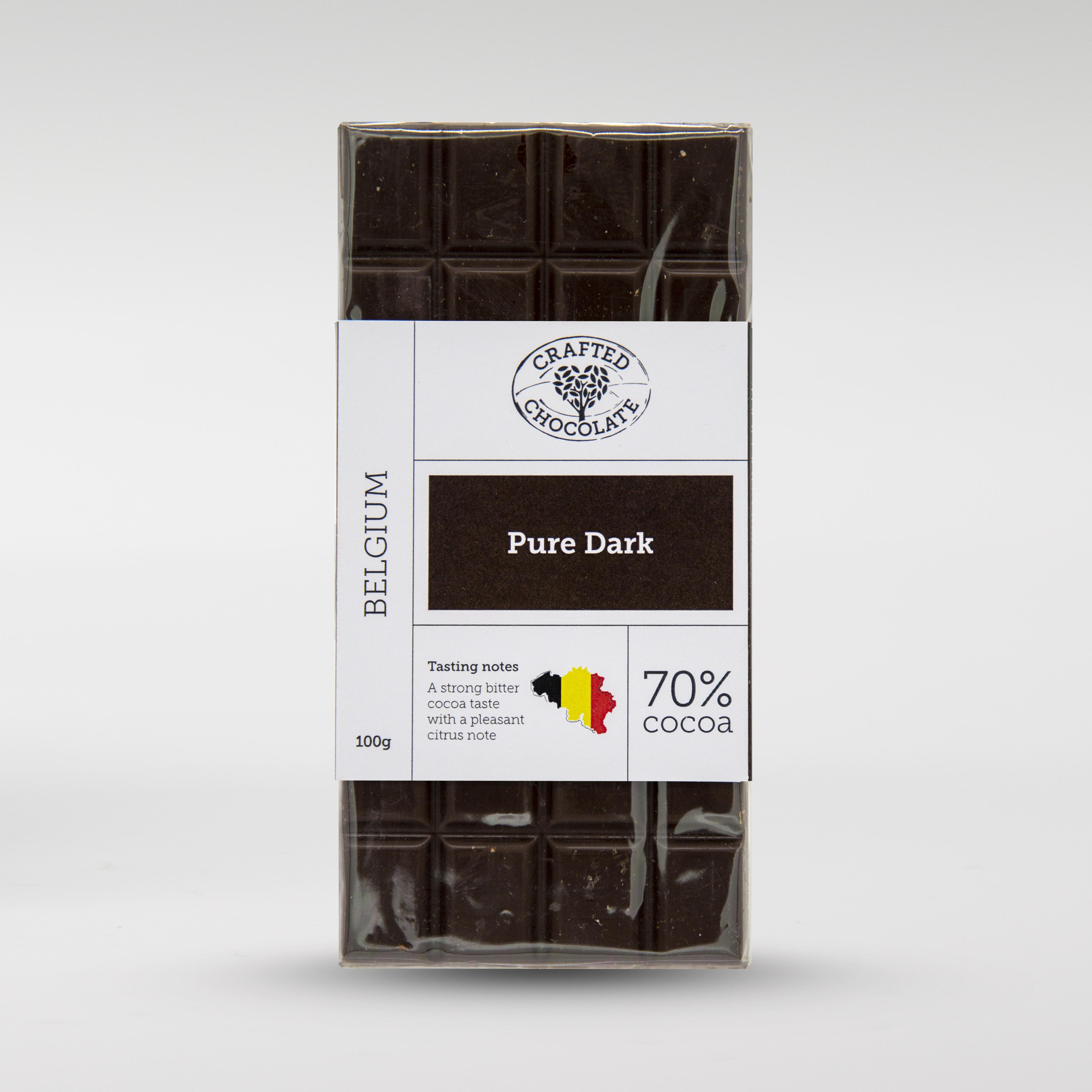 Pure dark chocolate with 70% cocoa.