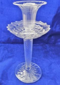 Candlesticks, centrepieces & decorative tableware
