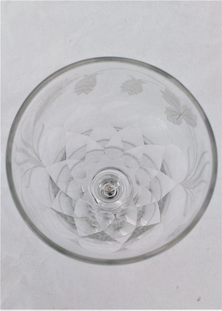 Antique Georgian Petal Cut Wide Ogee Bowled Ale Glass Engraved Hops and Barley Decoration circa 1820