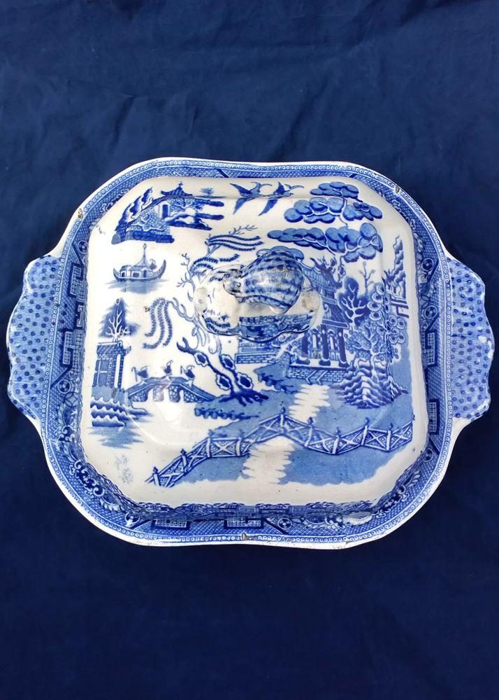Antique Pearlware Vegetable Tureen Transfer Printed Blue and White Willow Pattern circa 1840