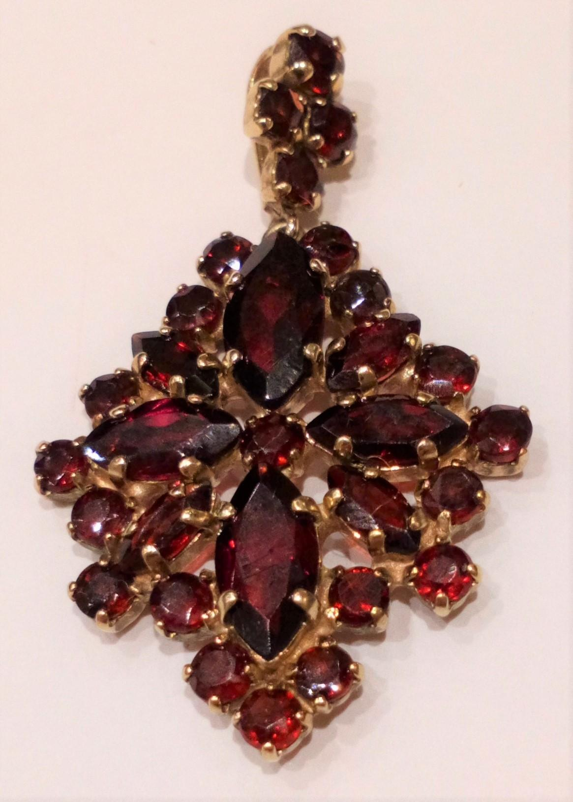 Antique Bohemian Garnet 8ct Gold 333 Pendant Diamond Shape c 1910 - 20