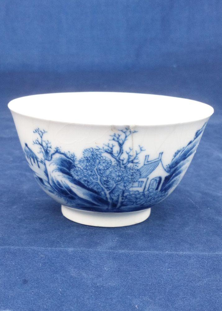 Chinese Soft Paste Porcelain Teabowl River Scene Qianlong Qing c 1740