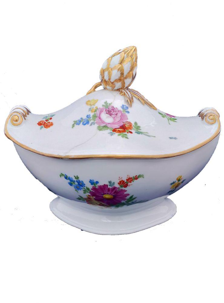 Antique Meissen Marcolini Period Porcelain Lidded Sauce Tureen with an Artichoke Handle circa 1800