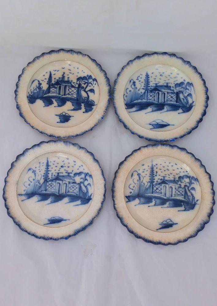 Set of four antique Indeo Pottery Bovey Tracey Cottage and  Fence Pearlware Shell Edge Dessert Plates circa 1780